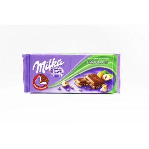Chocolat Milka au lait et noisettes
